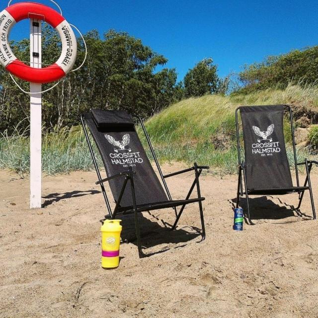 Sommar och sol i CrossFit Halmstads egna brassestol! Njut avhellip